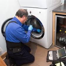 Witgoed reparatie Amsterdam over de veel voorkomende problemen bij koelkasten